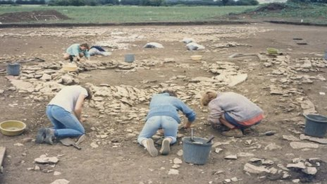 Archaeologists at Stanwick Lakes