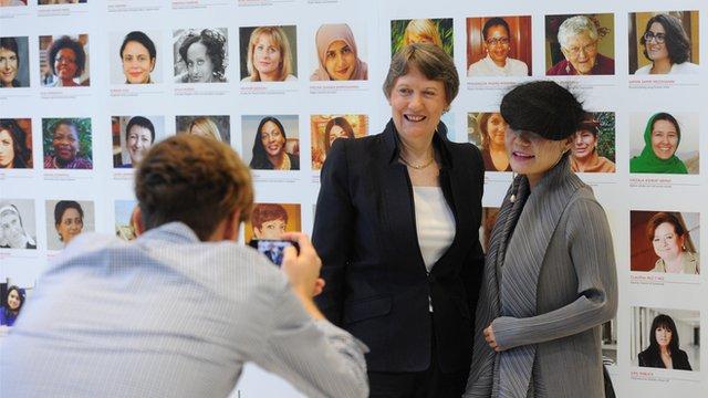 UNDP head Helen Clark is photographed with artist Aowen Jin