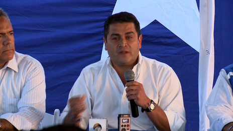 The National Party candidate for president, Juan Orlando.