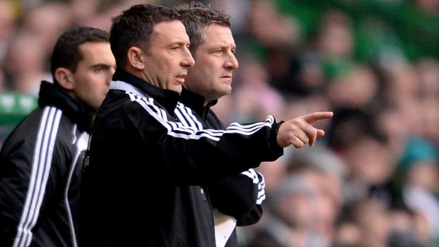 Interview - Aberdeen boss Derek McInnes (front)
