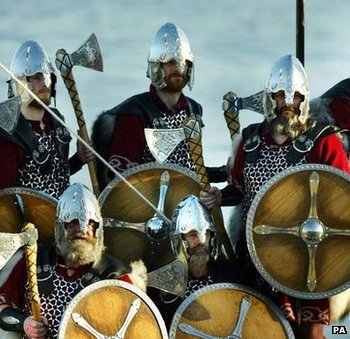 Norsemen Jarl Squad arrive at Lerwick harbour in a 30-foot longboat