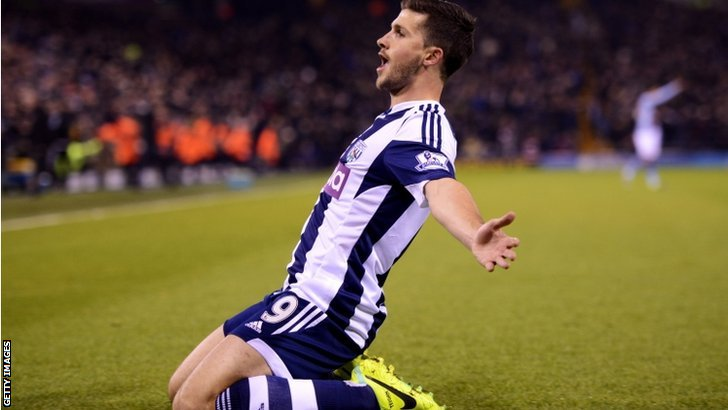 Shane Long celebrates his second goal