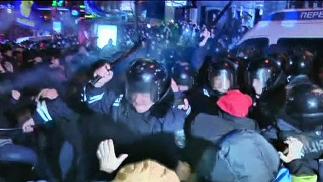 Kiev protest clashes