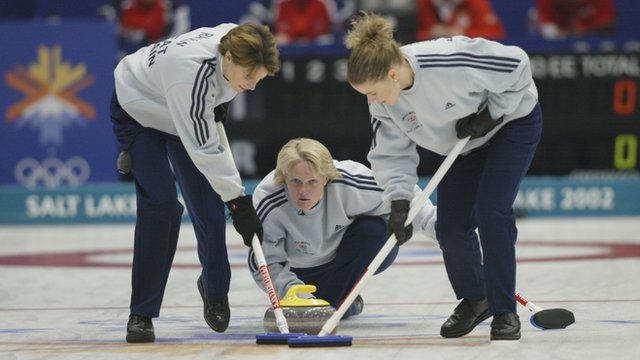GB women win curling gold in 2002