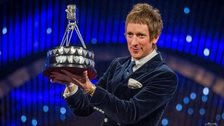 Sir Bradley Wiggins wins Sports Personality of the Year 2012
