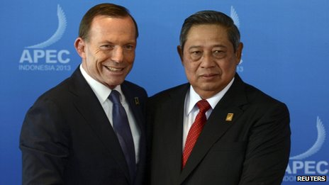Australia's Prime Minister Tony Abbott and Indonesia's President Susilo Bambang Yudhoyono on October 7, 2013
