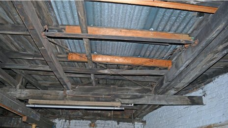 Garage roof with WW1 wing sections