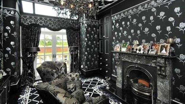 Odd living room