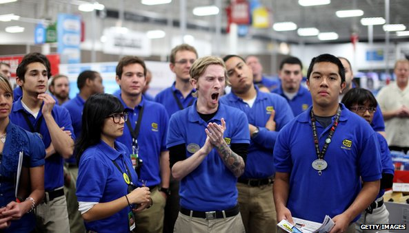 Best Buy workers yawning