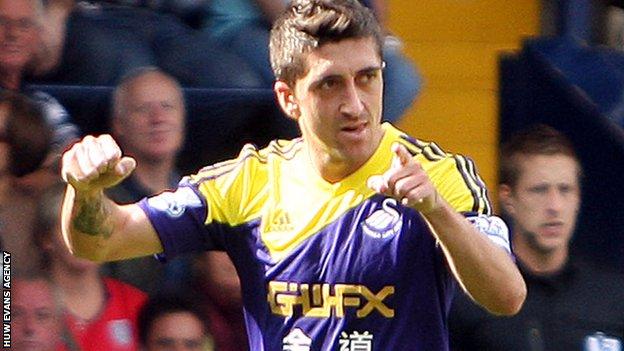 Swansea's Pablo Hernandez