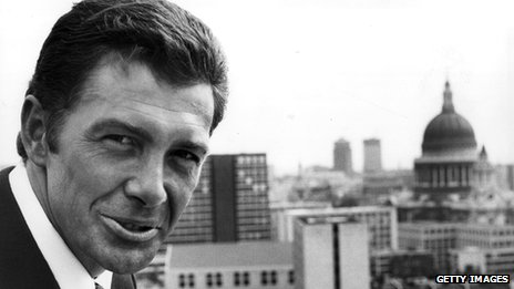http://news.bbcimg.co.uk/media/images/71399000/jpg/_71399638_lewiscollins_getty.jpg