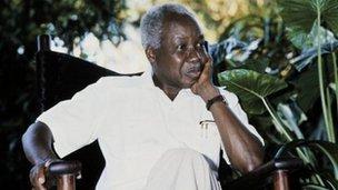 Julius Nyere in 1985