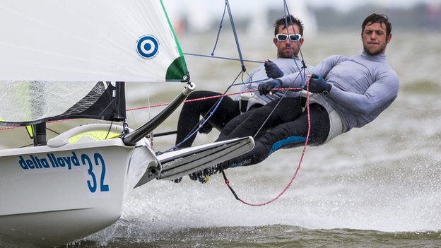 Nic Asher and Fynn Sterritt in 49er action