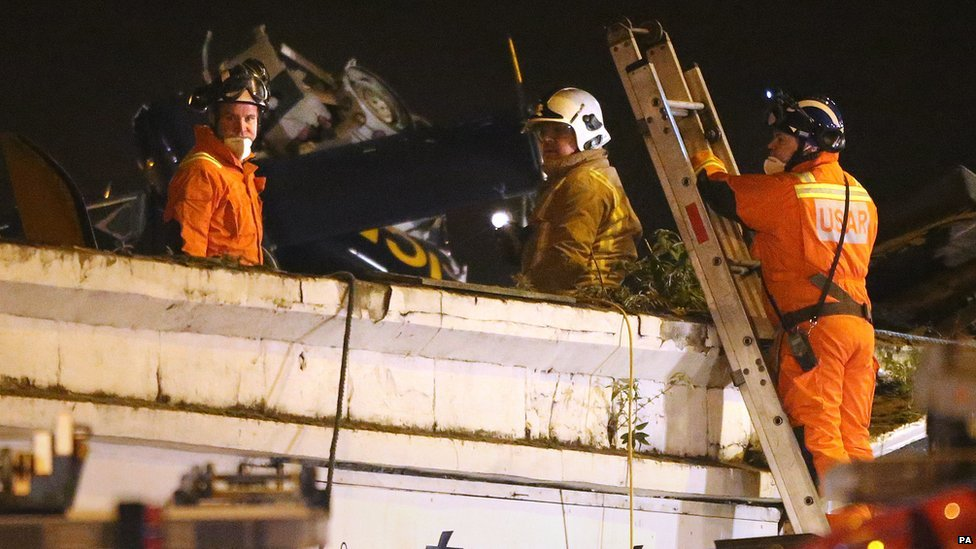 In Pictures Glasgow Pub Helicopter Crash Bbc News