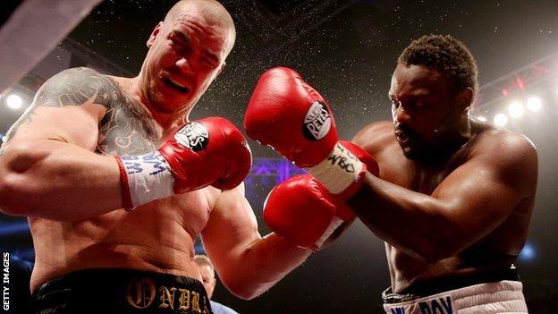 Dereck Chisora fights Czech opponent Ondrej Pala