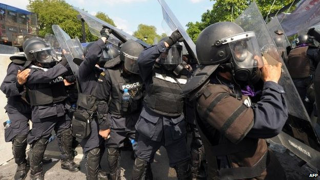 Police in Bangkok, 1 Dec