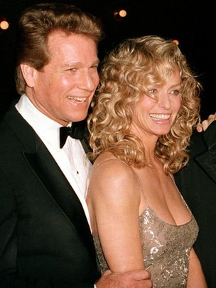 Ryan O'Neal, left, and Farrah Fawcett
