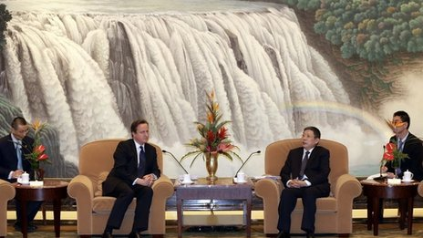 David Cameron meets Shanghai's mayor Yang Xiong