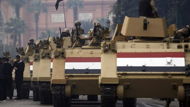 Egyptian army armoured personnel carriers in Tahrir Square (1 December 2013)