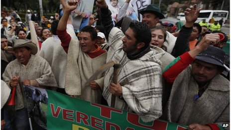 Potato growers shouting anti-government slogans in Bogota