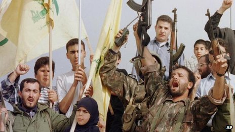 Hezbollah fighters celebrate the Israeli withdrawal of South Lebanon (24 May 2000)