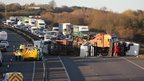 M1 lorry overturns