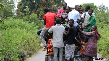 Residents of the city of Damara, 75 km north of Bangui, leave the region for Bangui on December 3, 2013.