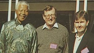 Nelson Mandela met NI unionist politicians in South Africa in 1997