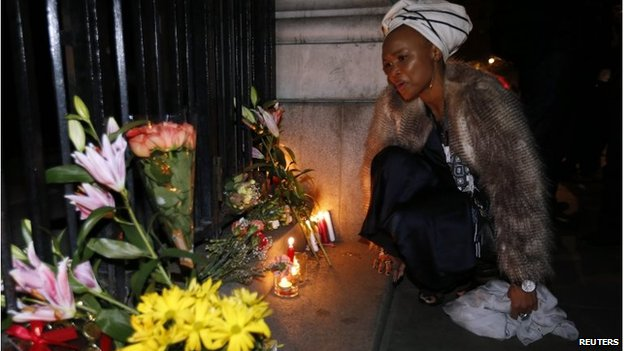 Lungi Morrison, granddaughter of Archbishop Desmond Tutu, at a memorial in London (6 Dec 2013)