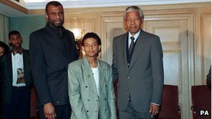 Nelson Mandela meeting Neville and Doreen Lawrence in 1993