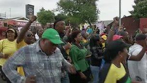 Soweto crowds
