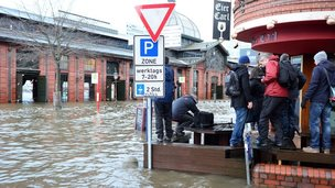 Flooded fish market in Hamburg, 6 Dec 13