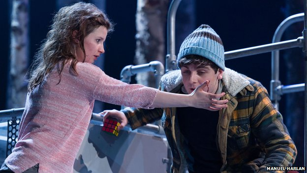 Rebecca Benson as Eli and Martin Quinn as Oskar in Let the Right One In