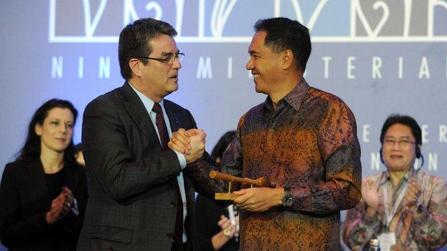 WTO Director General Roberto Azevedo and Indonesian Trade Minister Gita Wirjawan