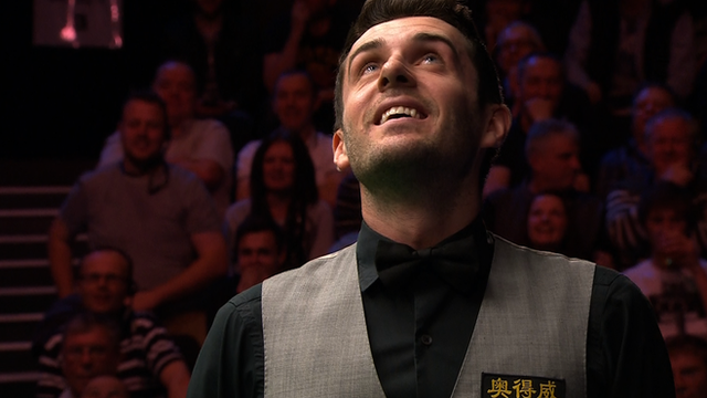 Selby hits snooker's 100th 147 break...
