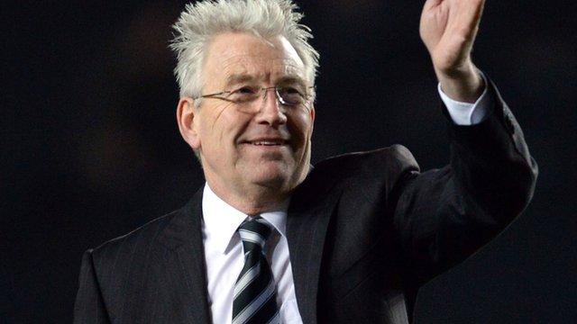 Dover manager Chris Kinnear