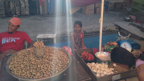 Market traders in Tacloban