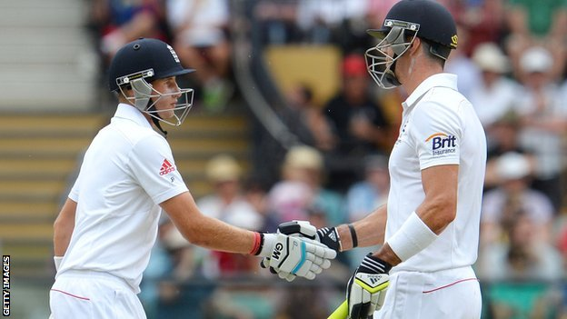 England must show some fight - Root...