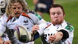 Daniel Suter passes for Ospreys