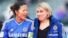 Chelsea ladies managers Emma Hayes (left)