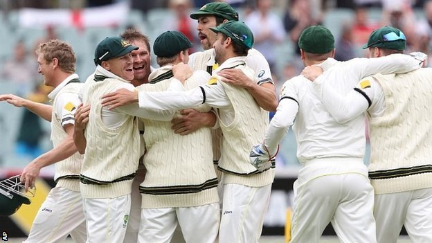 Australia celebrate Ashes win