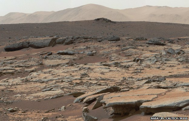 Mars rover goes after carbon clues...