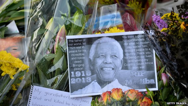 Huge memorial service for Mandela...