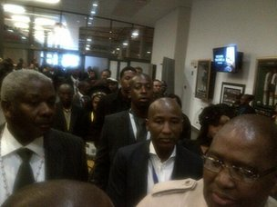 Mandela family arrives at stadium