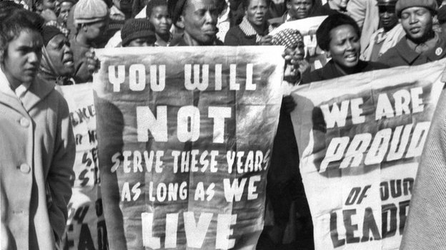 Women demonstrate in Pretoria (16 June 1964)