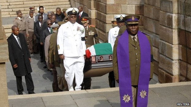 The body of Nelson Mandela arrives at the Union Buildings in Pretoria, December 11