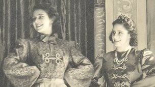 The Queen and Princess Margaret in pantomime