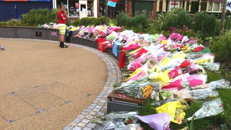 Middleton floral tributes