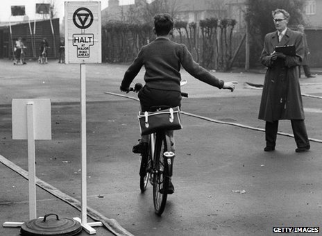 Cycling proficiency, 1961