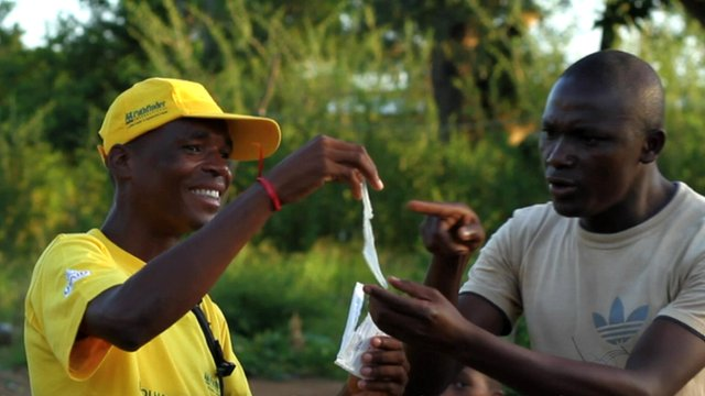 Female condom activist in Mozambique